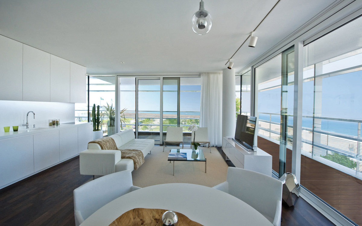The beach houses luxury apartments lido di jesolo for Best house interiors