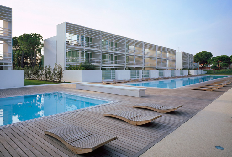 The pool houses a jesolo offre case lussuose per vacanza for Casa moderna jesolo
